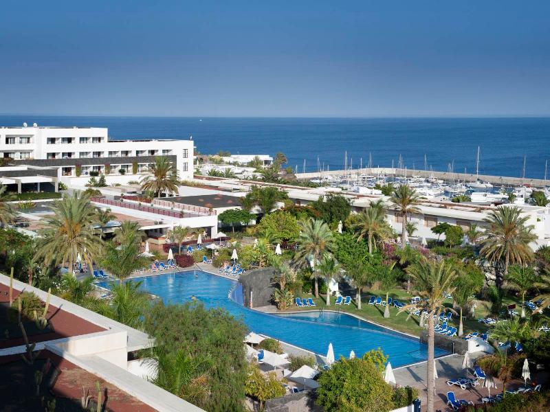 Holidays in puerto calero cheap holidays from ireland sunsearch holidays - Hotel costa calero puerto calero lanzarote espana ...