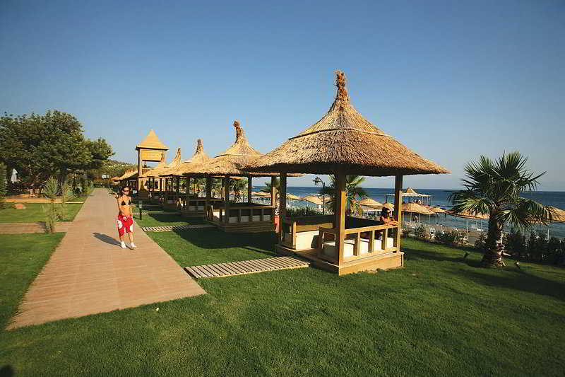 Latanya Park Resort at the Latanya Park Resort
