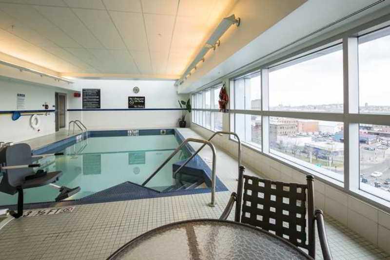 Hampton Inn & Suites Boston Crosstown Center